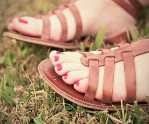 feet, girl, and grass image