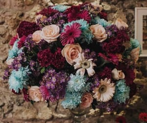 bouquet, here comes the bride, and flower arrangement image