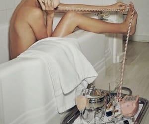 aesthetic, body, and bath image