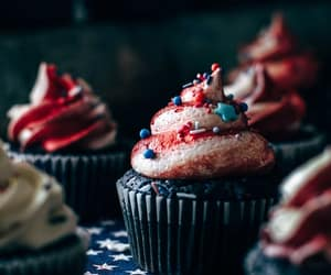 cupcake, 4th of july, and food image