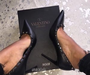 luxe, shoes, and v image