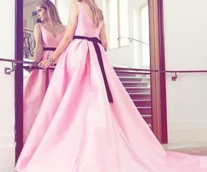 espejo, pink dress, and mirror image