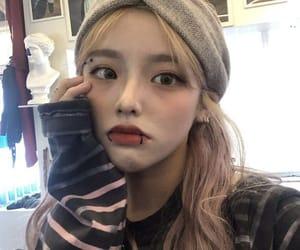 asian girl, grunge, and korean image