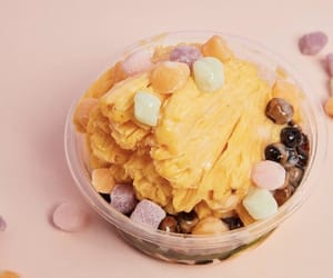cereal, creme, and Fruit Loops image