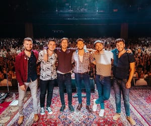 band, niall horan, and flicker world tour image