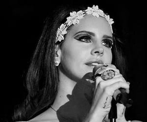 lana del rey, beauty, and flowers image