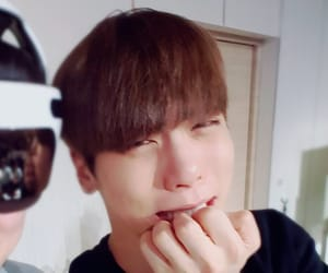 Jonghyun, shinee jonghyun, and SHINee image