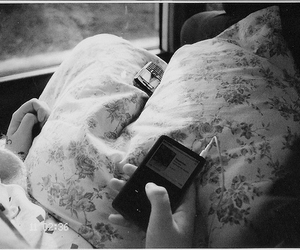 music, ipod, and vintage image