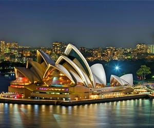 Look for Amazing Places in Sydney and Book for cheap Hotels to Luxury Hotels with very friendly staffs and Complette Amenities. Visit the Link http://bit.ly/2Cv704v