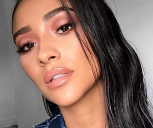 shay mitchell, glow, and makeup image