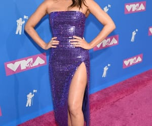 olivia munn, red carpet, and style image