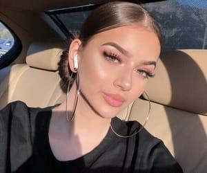 makeup, beautiful lady, and pretty girl girls image