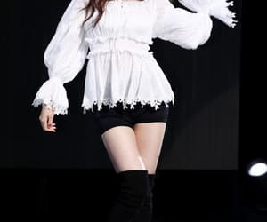 kpop, suzy, and stage image