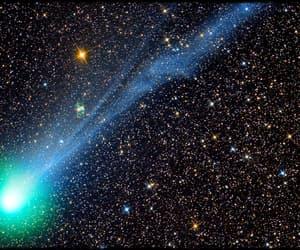 Comet/Shooting Star C-2014-Q2 in LRGB by Ritzelmut wallpaper 1920x1200