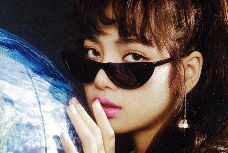 galaxy themed kpop playlist on We Heart It