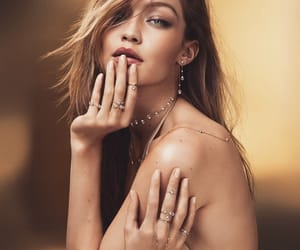 gorgeous, model, and gigi image
