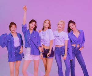 kpop and laboum. group image