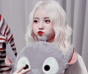 kpop icon, jinsoul, and loona image