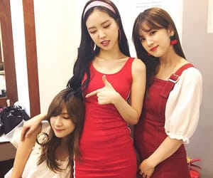 hayoung, naeun, and apink i'm so sick image