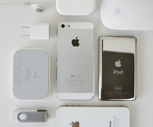 iphone and ipod image