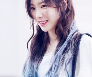 bluehair, snsd, and taeyeon image