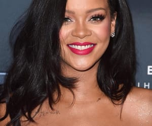 rihanna, Robyn, and fenty beauty image
