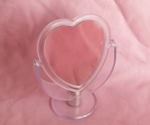 heart, miroir, and pink image