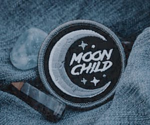 aesthetic, blue, and moon child image