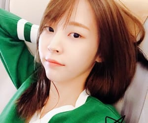 asian girls, girlfriend, and kpop image