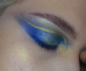 blue eyeshadow, editorial, and ethereal image