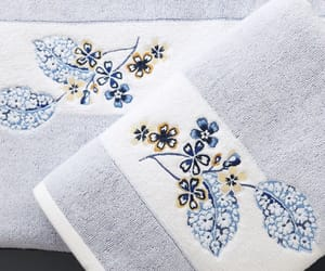 interiors, quilts, and towels image