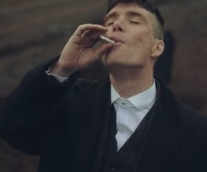 tvshow, peakyblinders, and thomasshelby image