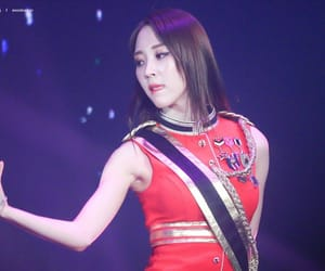 fashion, 4season s s concert, and red uniform image