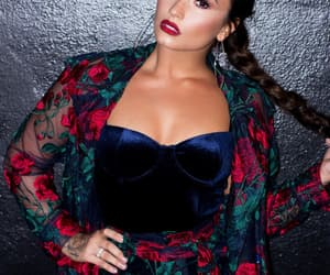 demi lovato, beauty, and singer image
