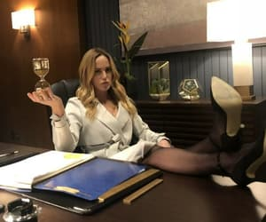 sara lance, legend of tomorrow, and caity lotz image