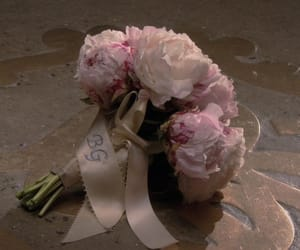 gossip girl and flowers image