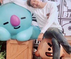 korea, bt21, and kpop image