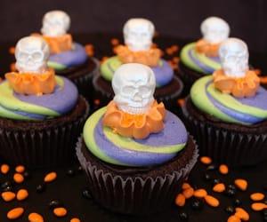 autumn, chocolate, and cupcake image