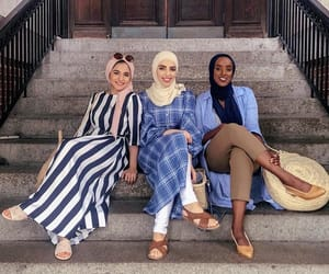 headscarf, islam, and outfit image
