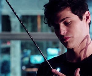 actor, alec lightwood, and shadowhunters image