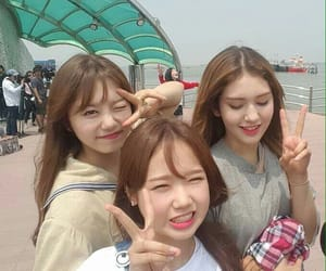 ioi, somi, and yoojung image