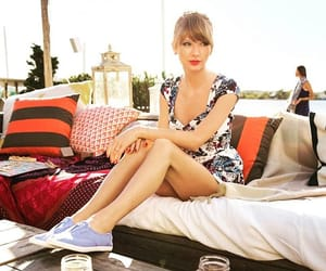 gorgeous model art, love follow style, and beautiful taylor swift image