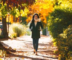 autumn, fashion bloggers, and sarah vickers image