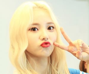 kpop and jinsoul image