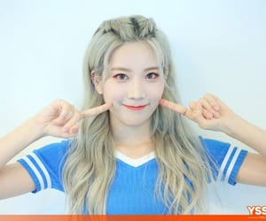loona and kpop image