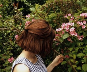 flowers, nature, and girl image