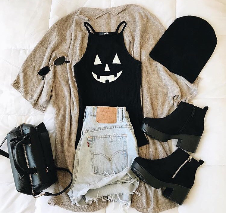 black, fashion, and Halloween image