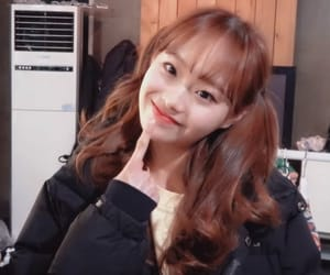 korean, chuu, and loona image