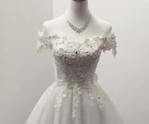 short prom dresses, ivory homecoming dress, and lace prom dresses image