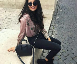 fashion, girl, and بُنَاتّ image